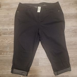 NWT Lane Bryant Black denim crop pants 22